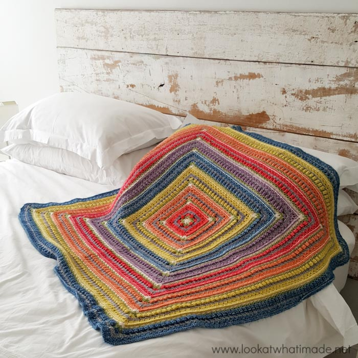 This crochet pattern is great for crocheters looking to take things to the next level.