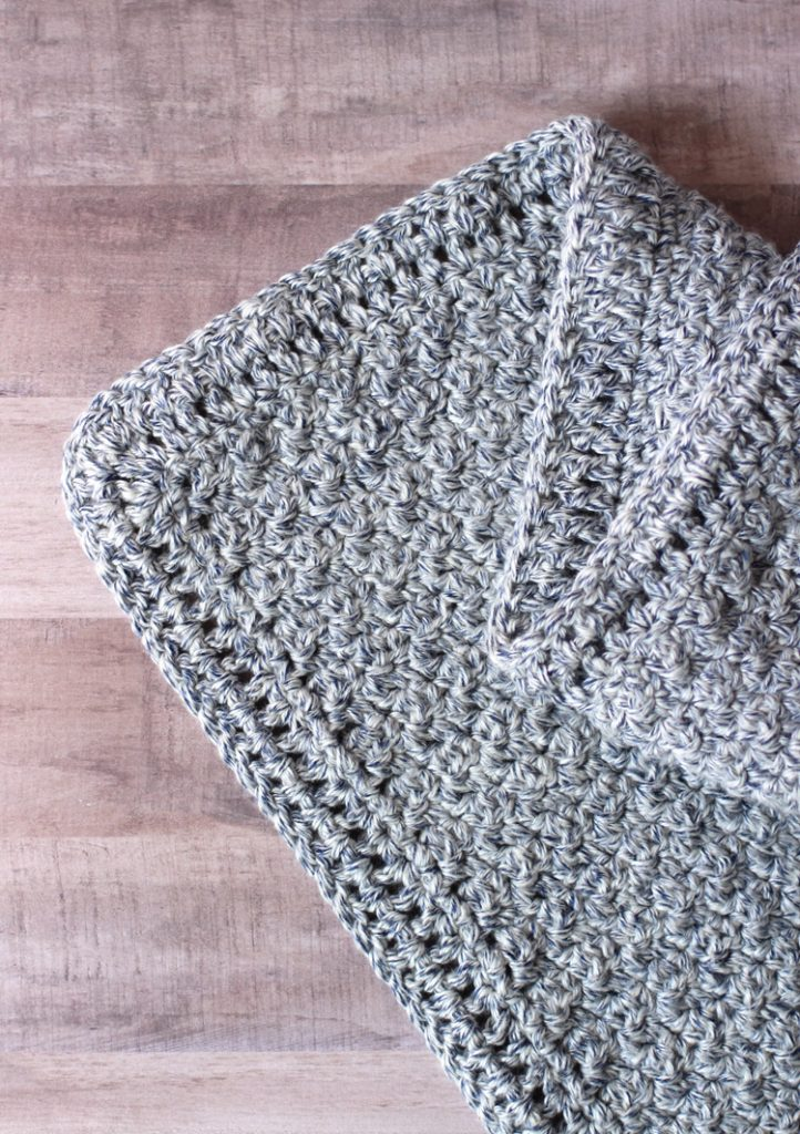The main body of the baby blanket pattern is made using the Griddle Stitch