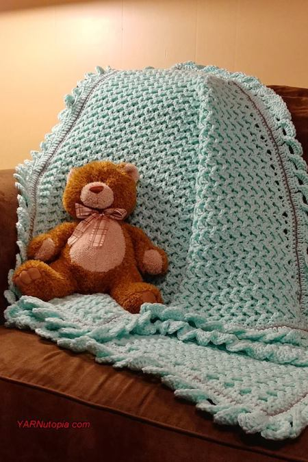 This crochet pattern design uses double crochets to make a zig-zag design that creates a beautifully rich texture.