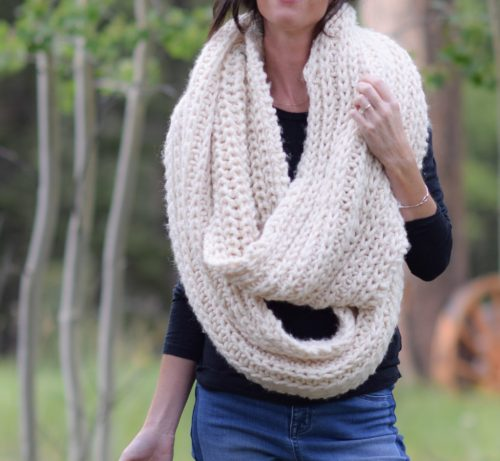 This half fisherman rib knit scarf turns out quite beautiful and it works up quickly too even though it's big.